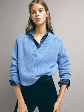 Женские свитера и теплый трикотаж