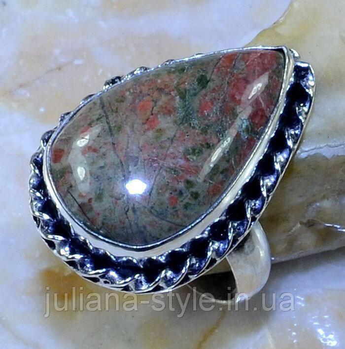 Унакит красивое кольцо с унакитом яшма в серебре. Размер кольца 18. Индия