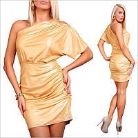 Желтое платье с ниспадающим рукавом