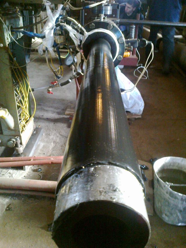 Ізоляція труб дм.89х18мм. методом кільцевої екструзії