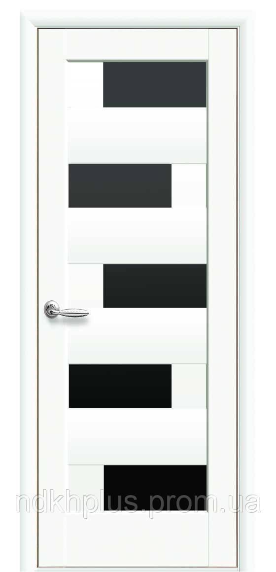 Двери межкомнатные Пиана белые матовые с черным стеклом