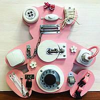 """Доска для развития """"Бизиборд Мишка"""" 40*40 см подарок для девочки, цвет ярко-розовый."""