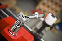 Результаты испытаний подтверждают важнейшие сертификаты качества, которые были выданы на ручной инструмент NEO. Среди них: TÜV T+М, ISO и DIN.