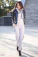 Серый спортивный костюм с синими вставками