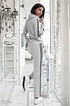 Зручний сірий спортивний костюм з смужками з люрексу, фото 3