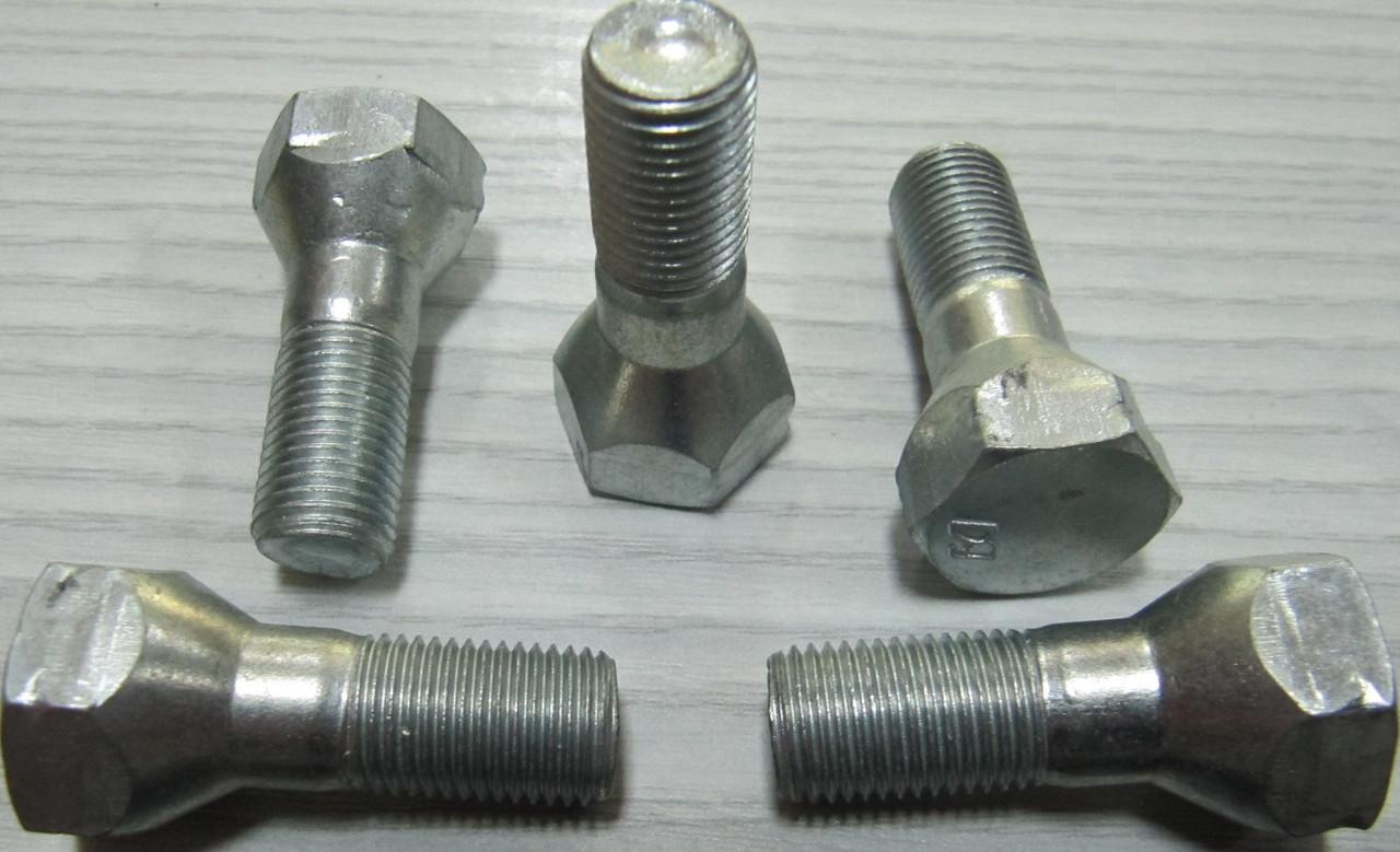Болт М12 колеса ВАЗ 2101 2102 2103 2104 2105 2106 2107 Белебей 2101-3101040