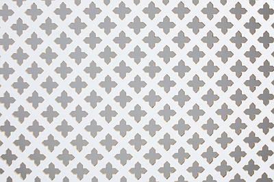 Панель (решетка) декоративная перфорированная, 1390 мм х 680 мм Роял, Белый