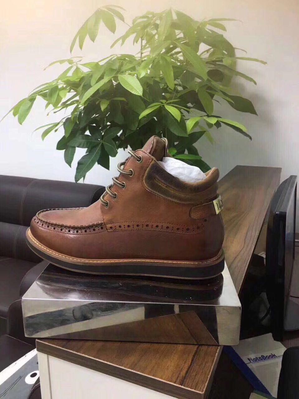 Мужские ботинки UGG из натуральной кожи
