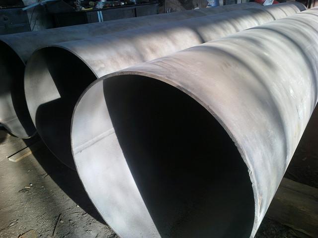 Пескоструйная обработка поверхности труб для нанесения антикорозионого покрытия