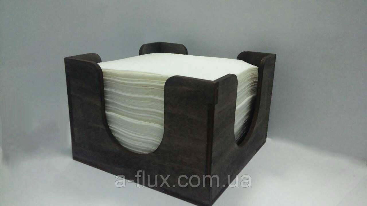 Салфетница деревянная 130Х130Х90мм Вилор 002376