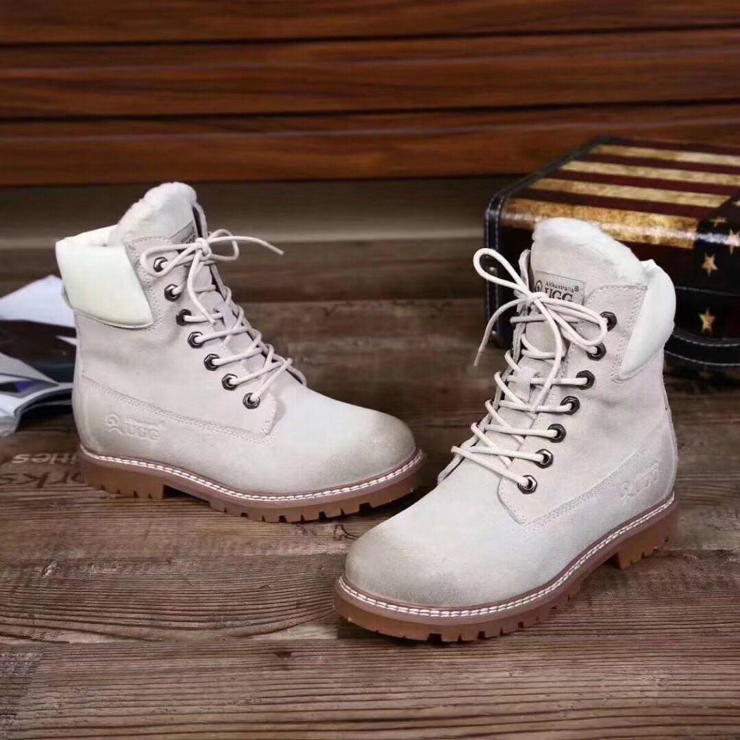 Ботинки женские зимние, UGG.Цвет белый
