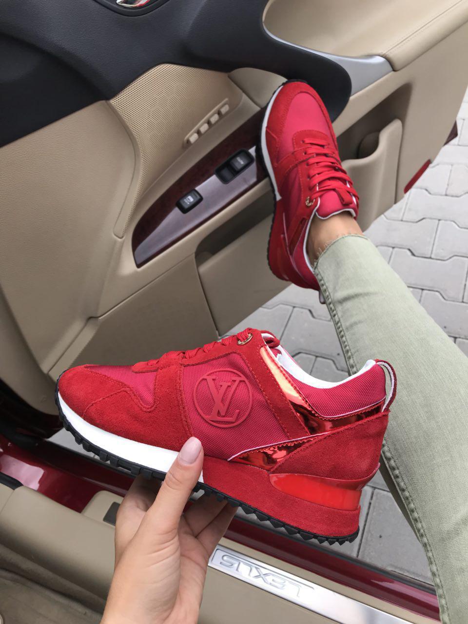 Женские кроссовки брендовые LV