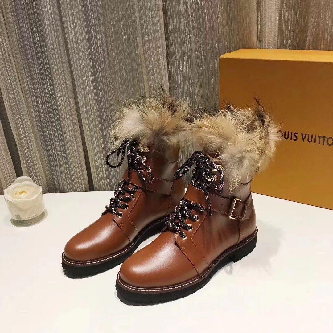 Ботинки зимние женские Louis Vuitton.Кожа/Цвет коричневый