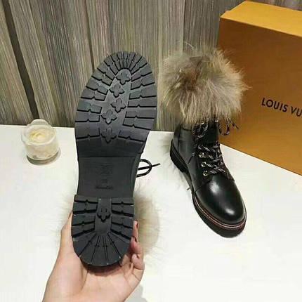 Ботинки зимние женскиеLouis Vuitton.Кожа/Цвет черный, фото 2