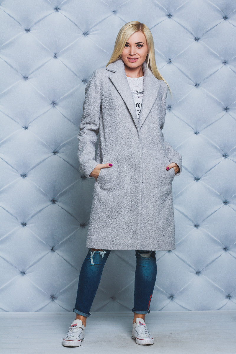 Пальто женское букле серое