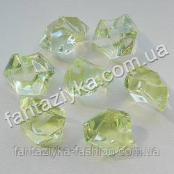 Искусственный лед 25мм светло-салатовый, кристалл для декора