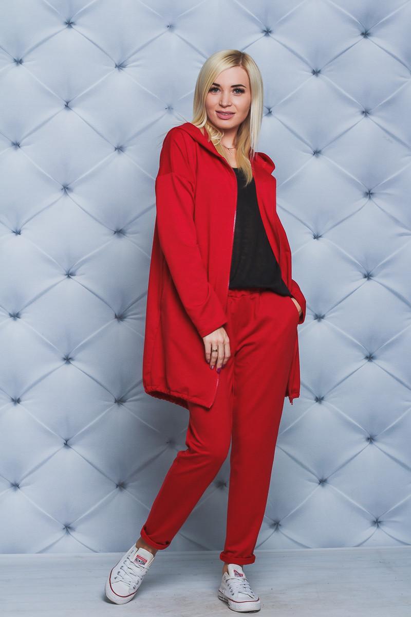 Спортивный костюм с удлиненной кофтой красный