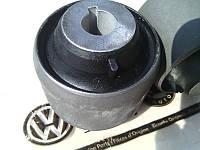 Сайлентблок задний Volkswagen Transporter T5 (с 2003 - ). Усиленный - 3200 кг. VAG (Volkswagen)