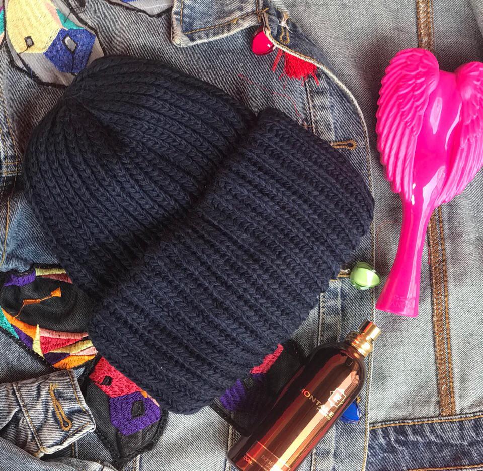 Стильная шапка ангора 870697