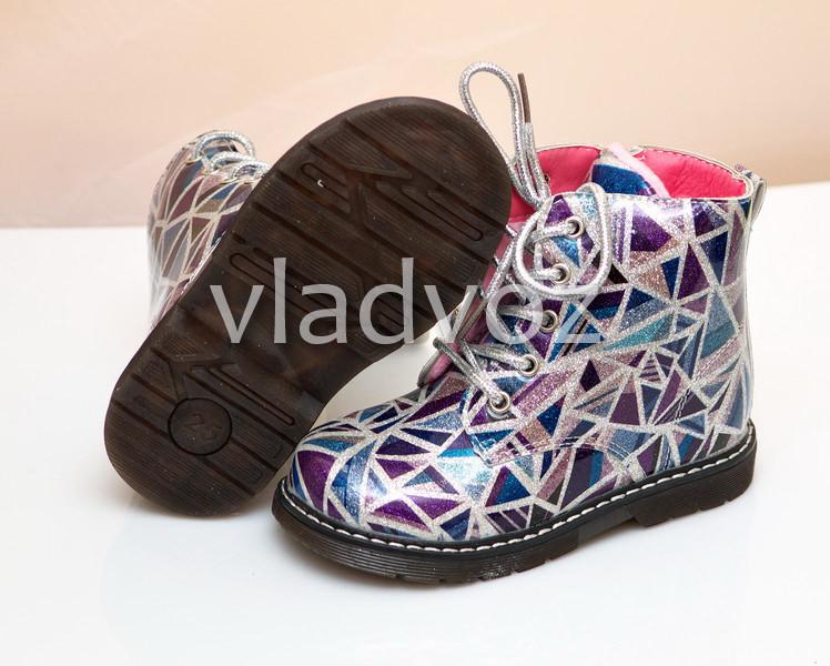 Детские демисезонные ботинки для девочки абстракция