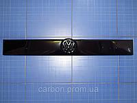 Заглушка решётки радиатора Volkswagen T4 верх 1990-1999 глянец Fly. Утеплитель решётки Фольксваген