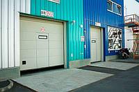 Секционные промышленные  ворота ALUTECН