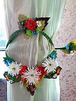 Подарок! Держатель для штор белые хризантемы.