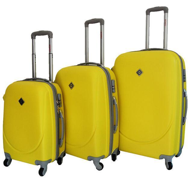 f093ec582c8f Дорожный чемодан на колесах Bonro Smile, набор 3 штуки: продажа ...