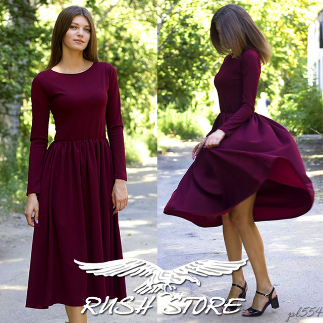 Женское платье миди расклешенное