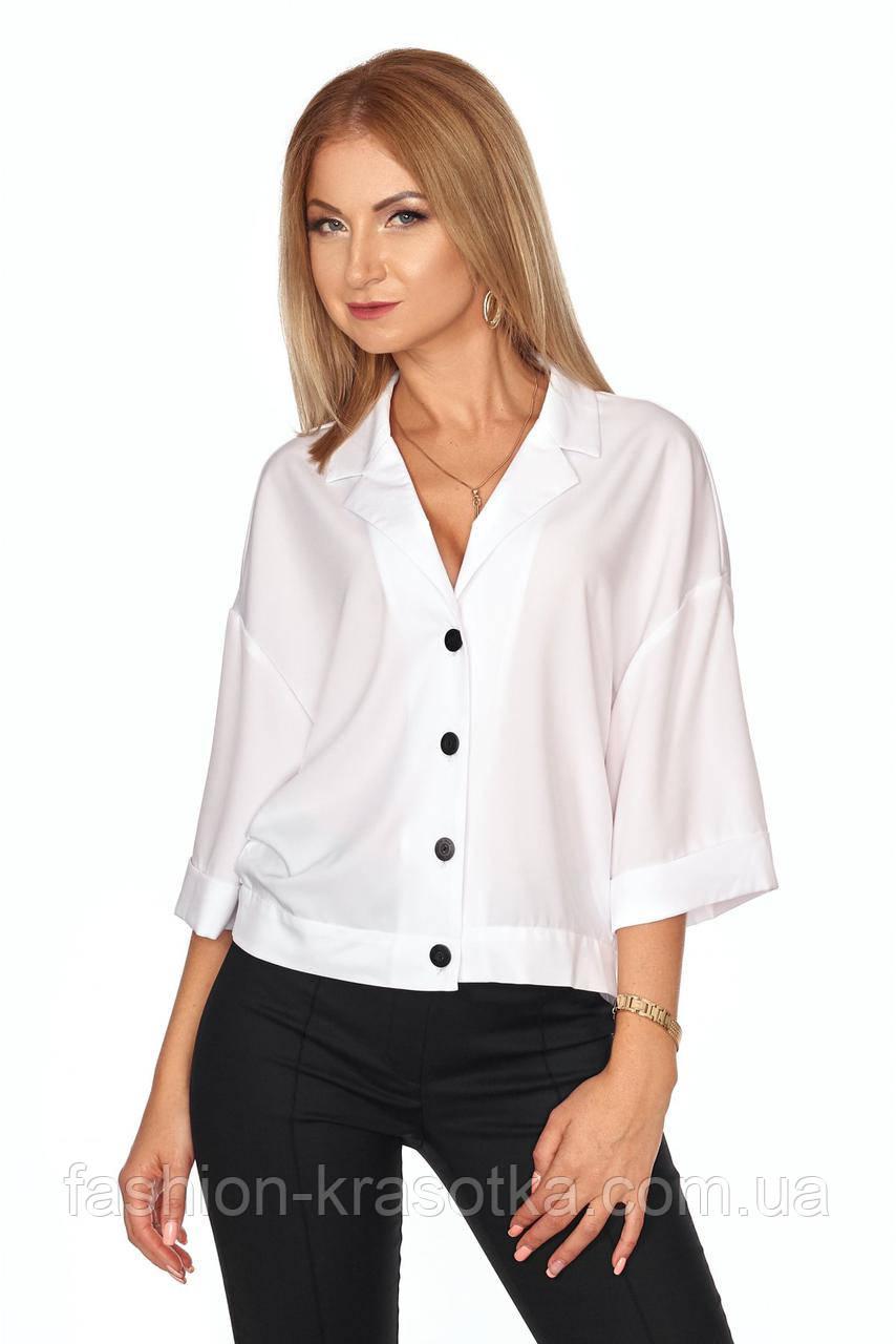 Рубашка прямого покроя со спущенным плечевым швом в размерах 42-52