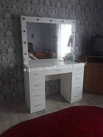 Гримерный стол для домашнего использования в город Киев 3