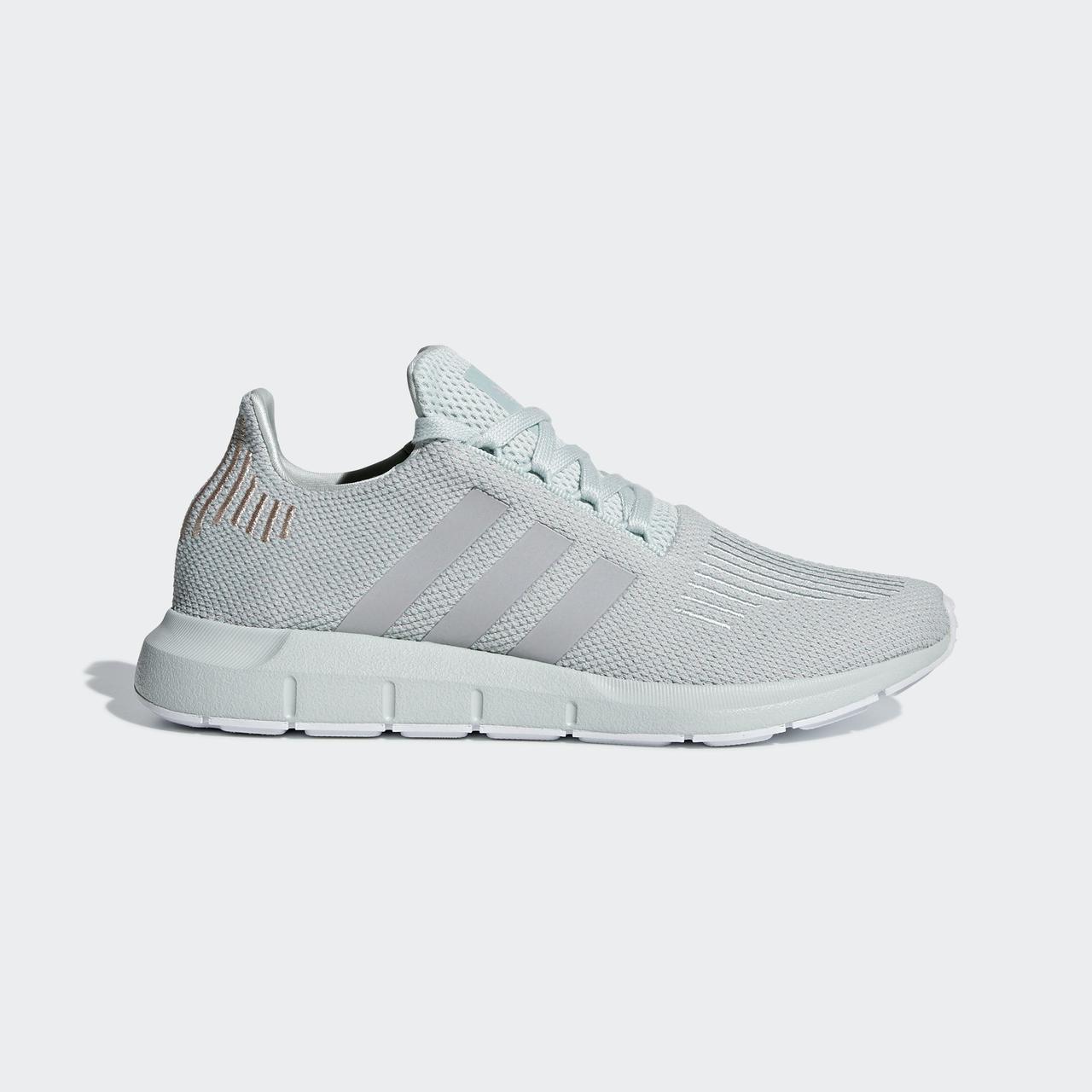 Женские кроссовки Adidas Originals Swift Run (Артикул: B37720)