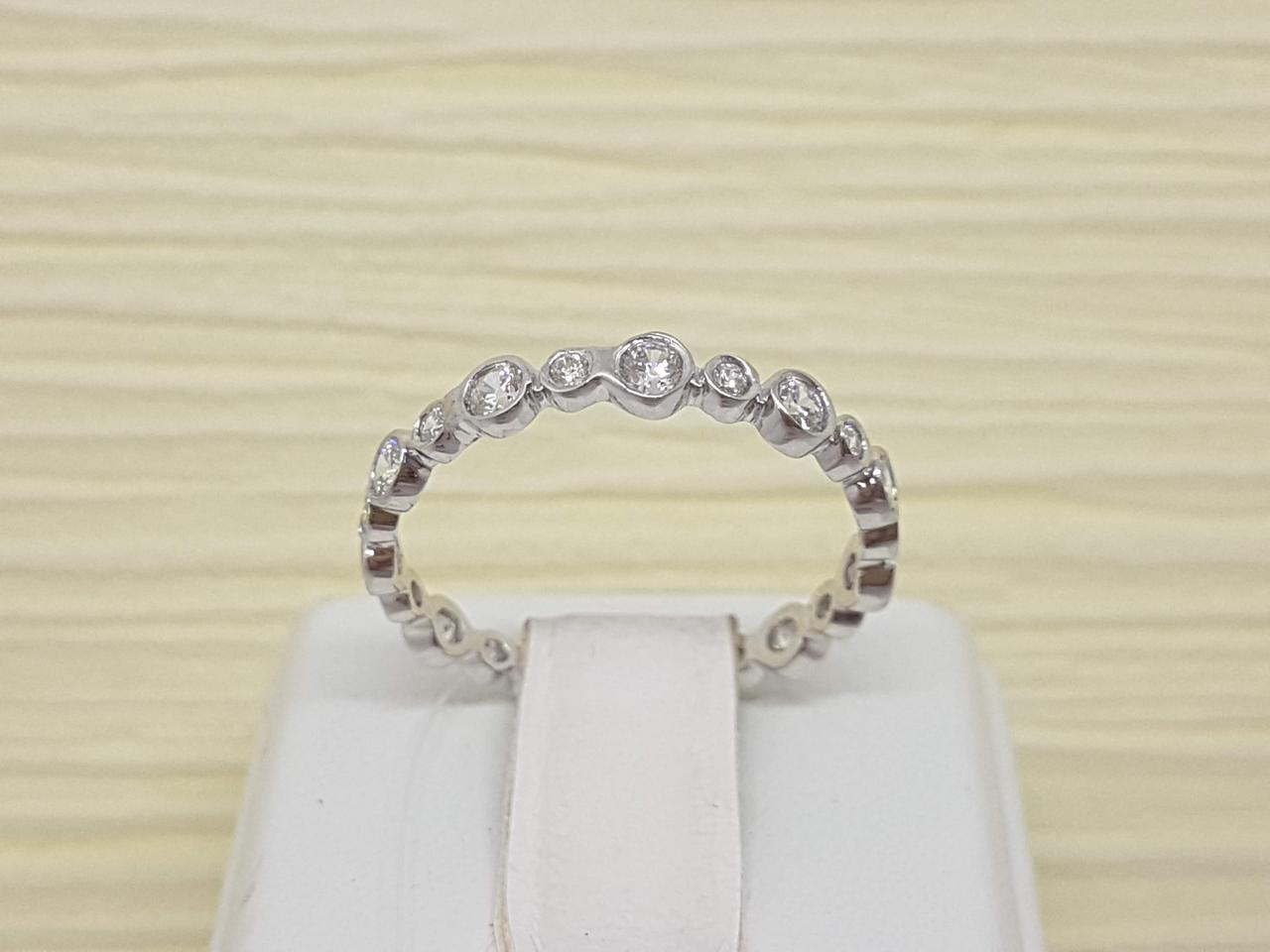 Серебряное кольцо с фианитами. Артикул 901-01006 15