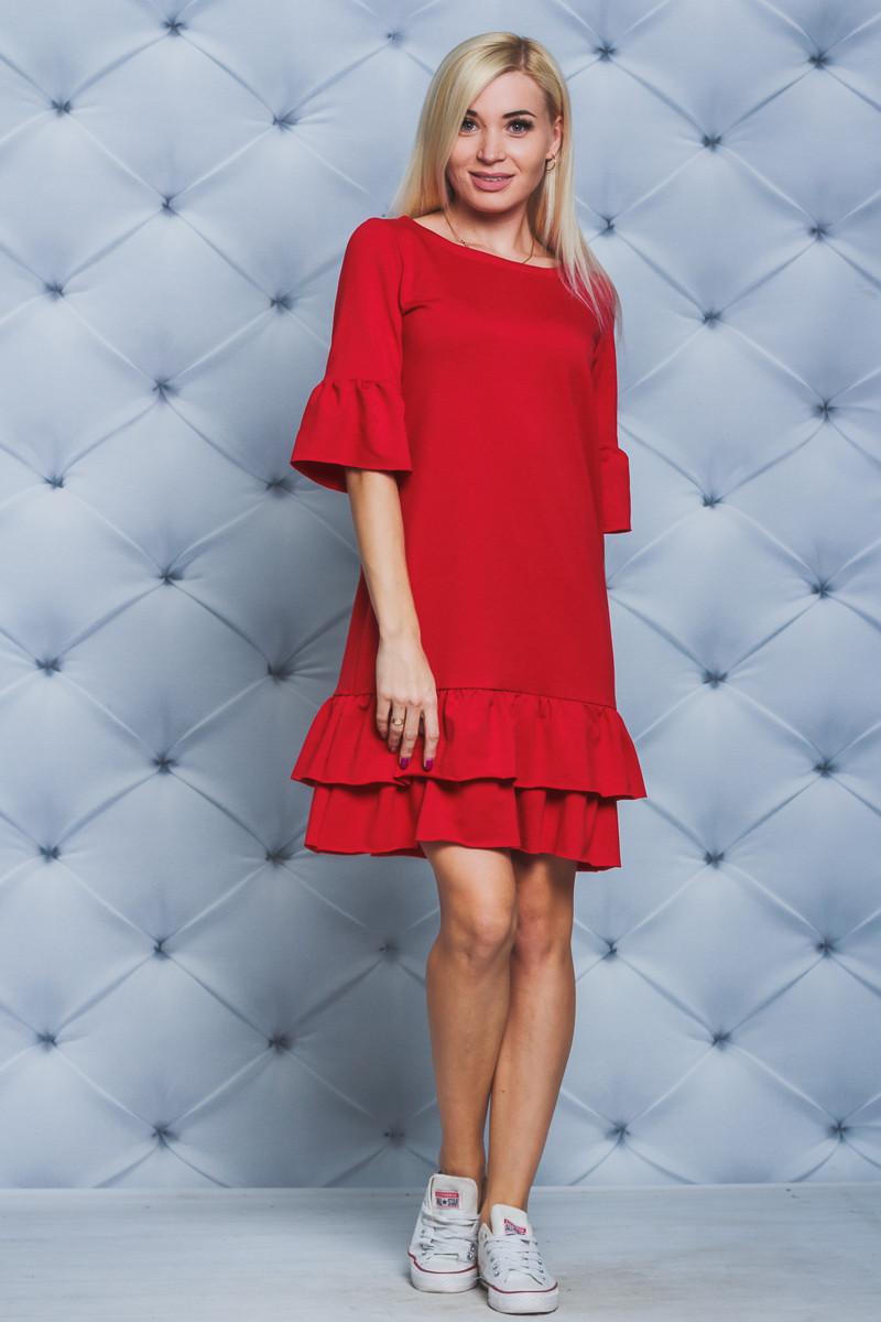 Платье короткое с рюшей красное