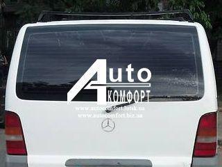 Заднее стекло (ляда) на Mercedes-Benz Vito 96-03 без э. о. (Мерседес Вито 96-03)