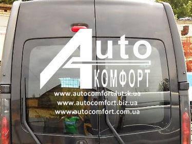 Заднее стекло высокое (распашонка правая) без электрообогрева на Renault Trafic, Opel Vivaro, Nissan Primastar, фото 2