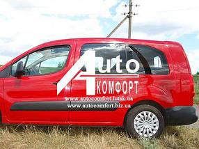 Передний салон, левое окно на автомобиль Peugeot Partner, Citroën Berlingo 08-