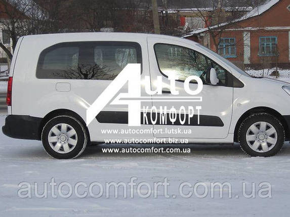 Сплошное окно, правое на автомобиль Peugeot Partner, Citroën Berlingo 08- Ситроен Берлинго, Пежо Партнер (08-), фото 2