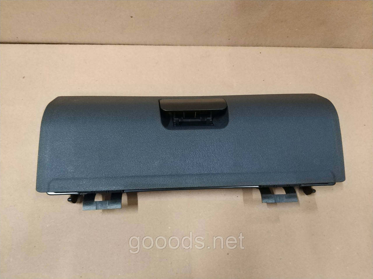 Кришка бардачка Volkswagen Caddy (04-10)