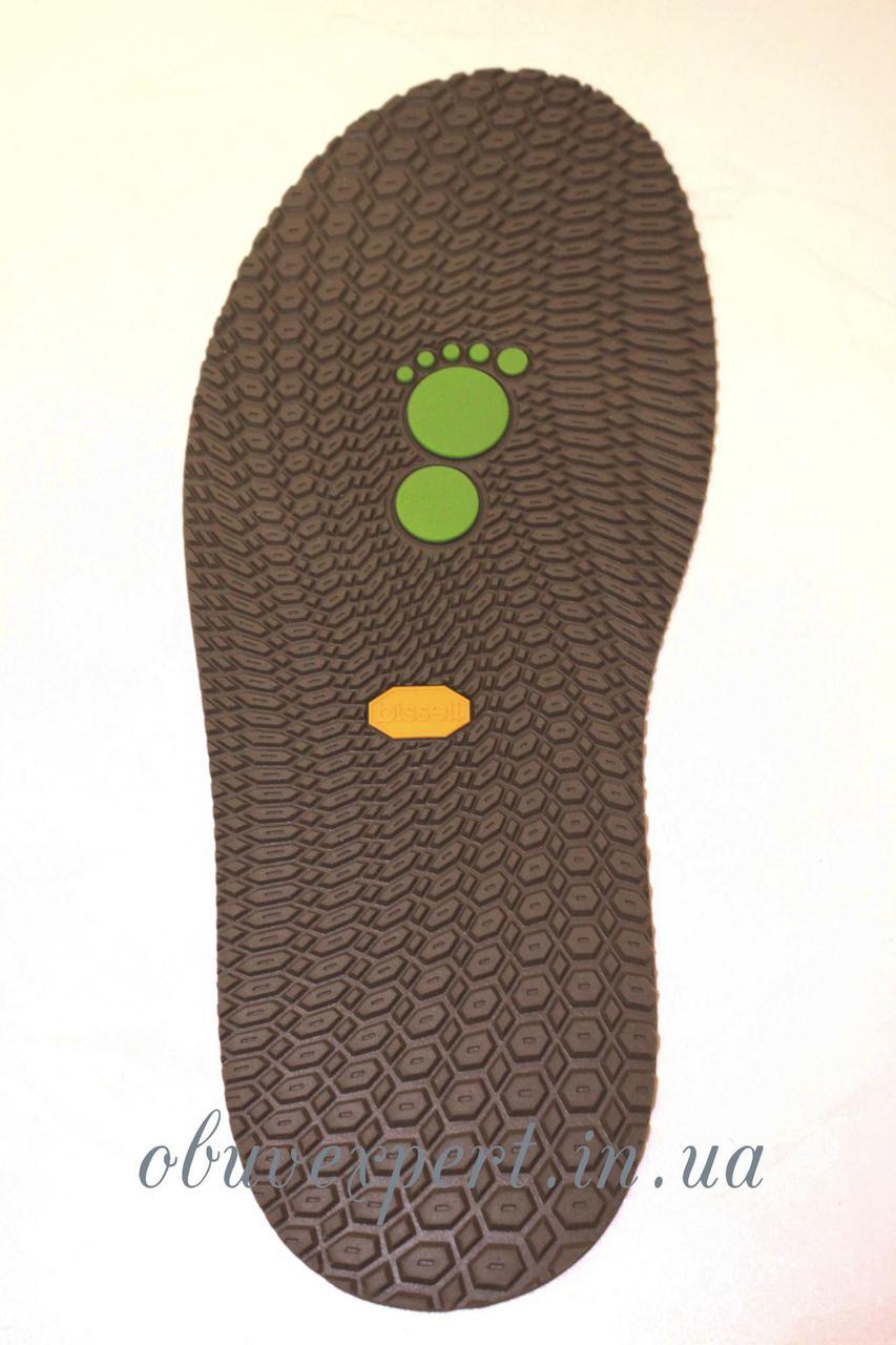 Резиновая подошва/след для обуви BISSELL, т. 3,65 мм, арт.111, цв. коричневый