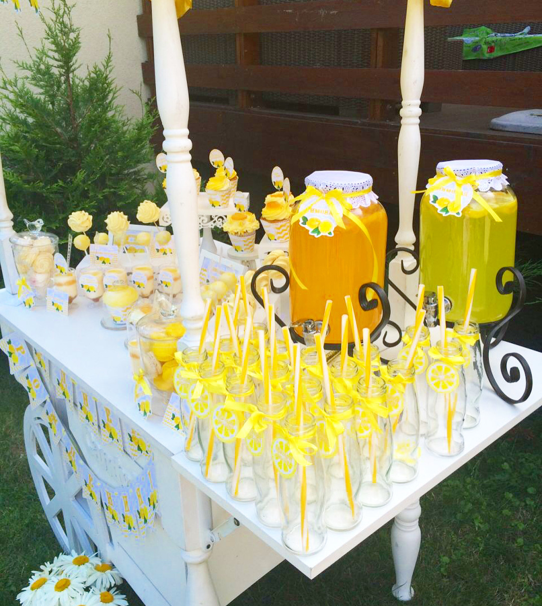 Лимонно-апельсиновый Кенди-бар на тележке (ЛЕТНЯЯ ТЕМА)