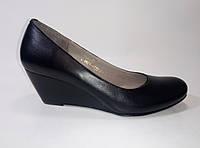 Женские кожаные туфли на танкетке ТМ Камея, фото 1