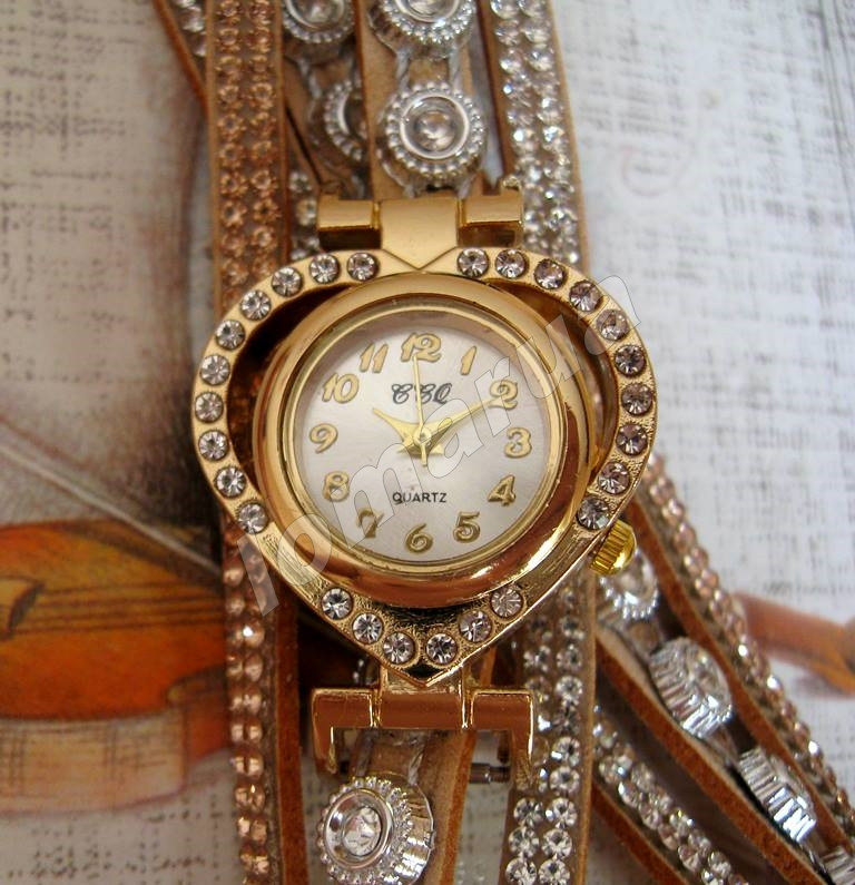 f30bff108c1e Женские часы-браслет со стразами CCQ Gold  115 грн. - Наручные часы ...