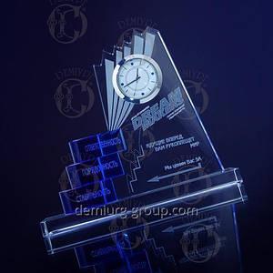 Эксклюзивный бизнес - подарок партнерам: часы в стеклянной настольной форме