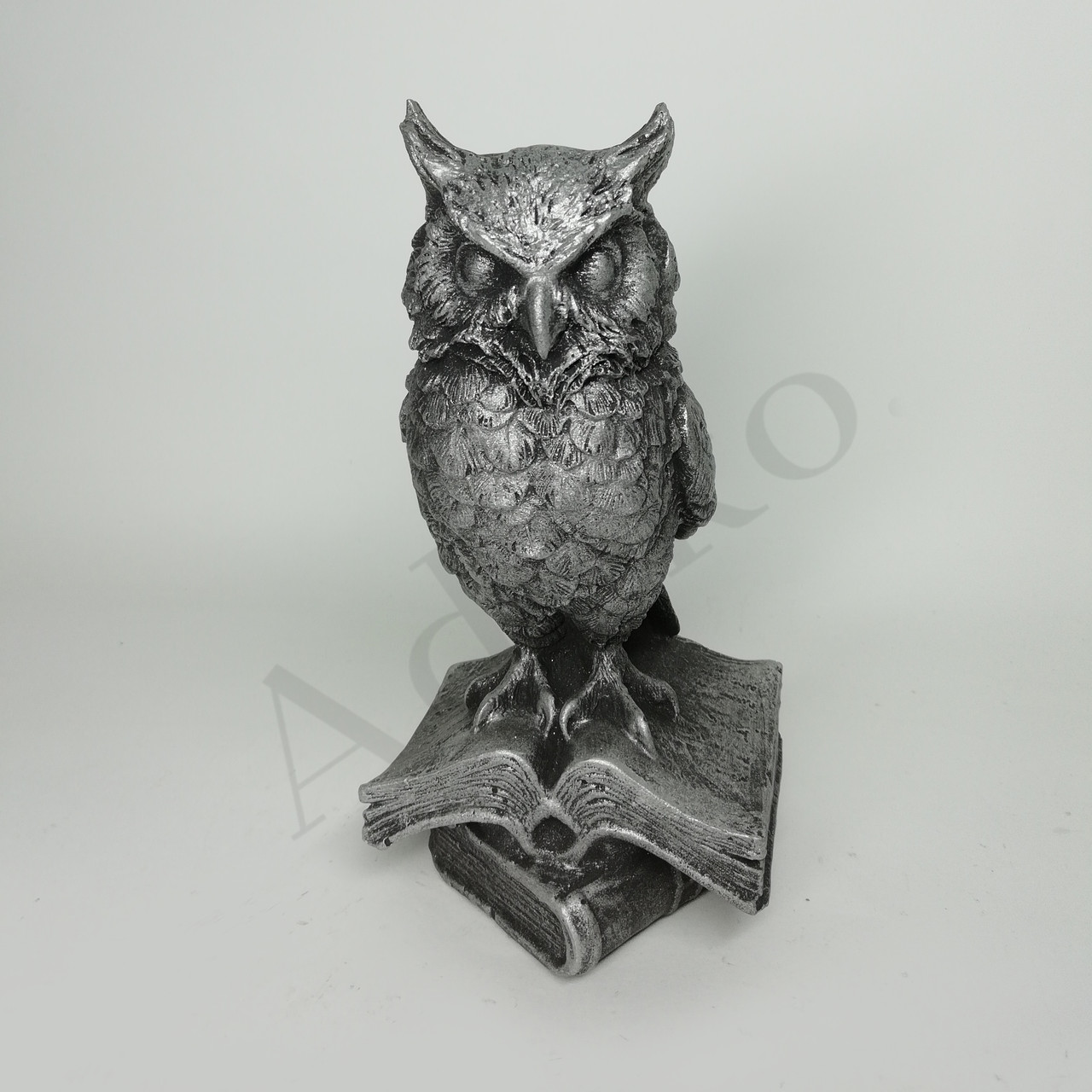 Статуетка Сова на книгах 15 см