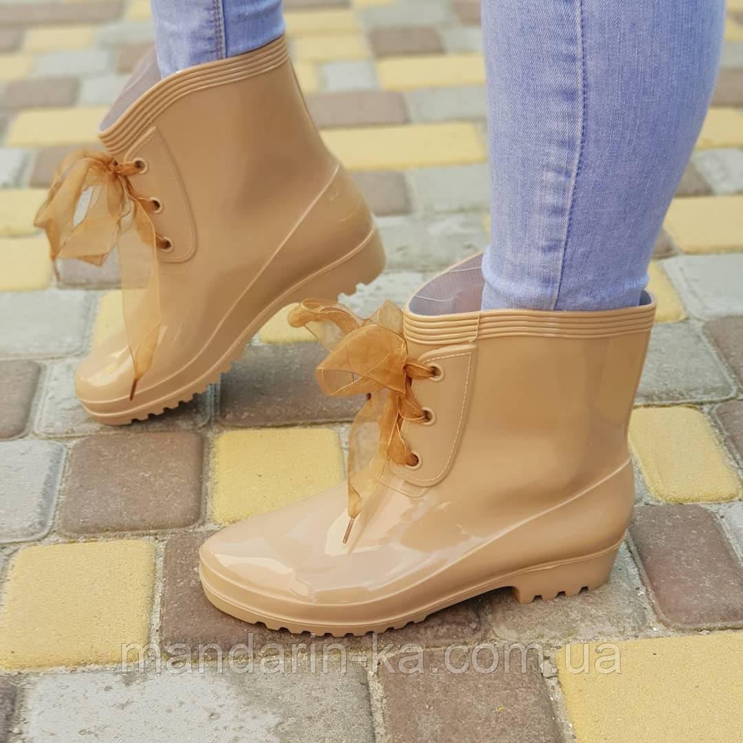 Женские резиновые сапоги  бежевые  шнурок