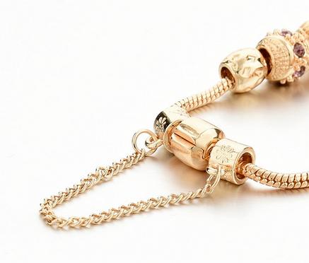 Женский браслет Pandora с подвесками, фото 2