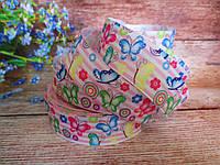 """Лента репсовая """"Разноцветные бабочки на бело-розовых полосках"""", 2,5 см."""
