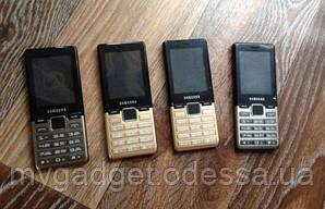 Мобильный телефон Samsung D3 DualSim