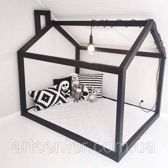 Кровать-домик напольный черного цвета